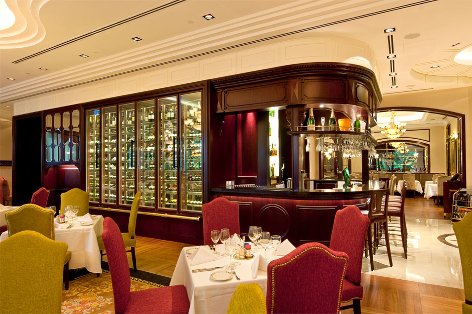 Lawry's-Main-Dining-Interior-1
