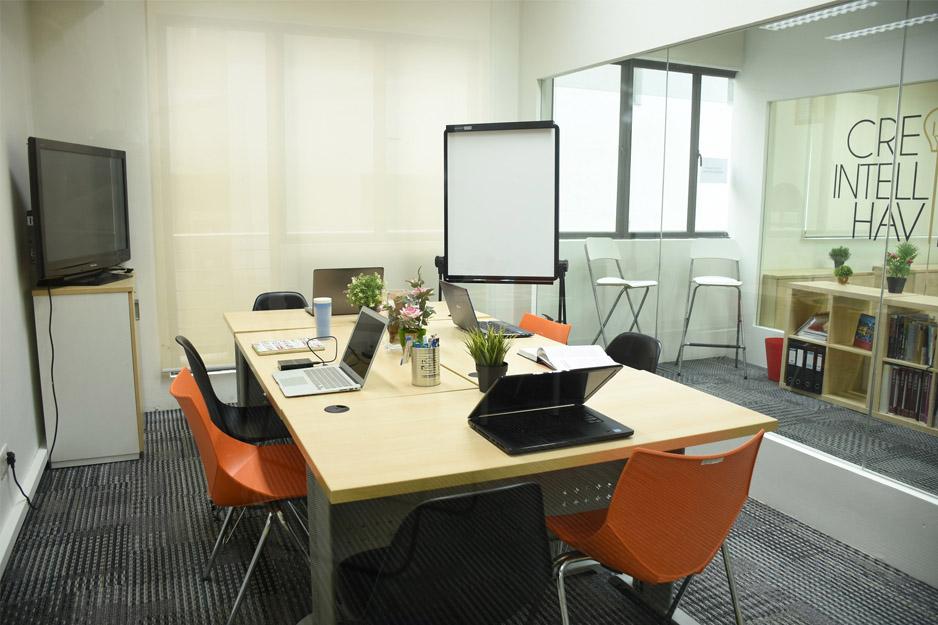 mooc-haus-at-dioworks-meeting-room-event-venue-1
